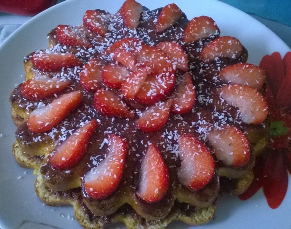 Gâteau à la noix de coco et aux fraises