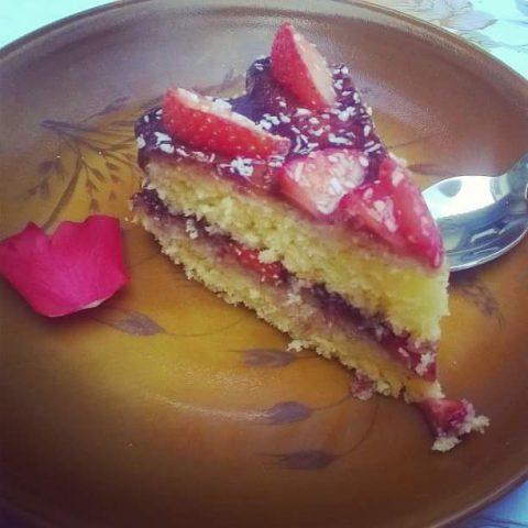 annso-cuisine.fr_gateau-noix-de-coco-fraises